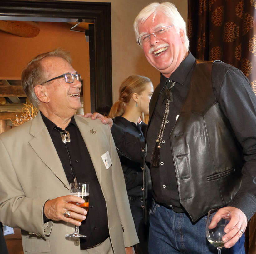 Foundation patron Tom Azzari shares a laugh with Tim Newton of the Salmagundi Club.