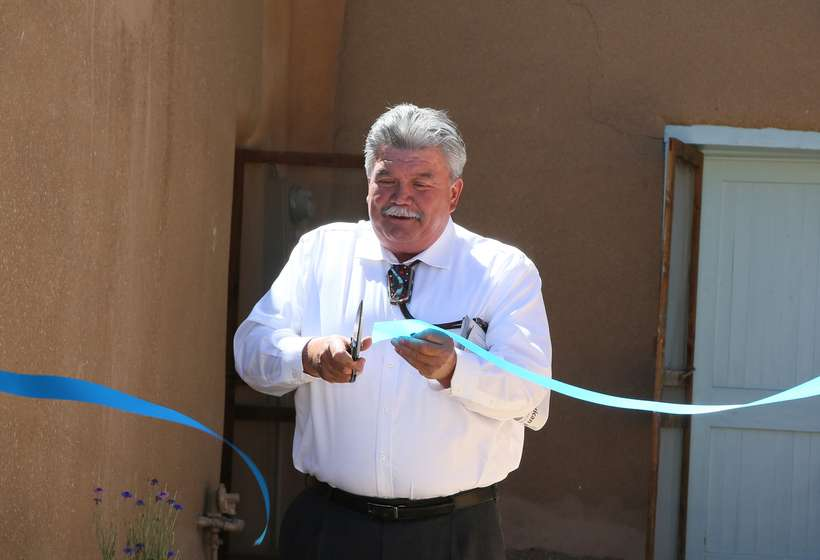 Taos Mayor Dan Barrone officially opens the renovated studio and permanent exhibition.