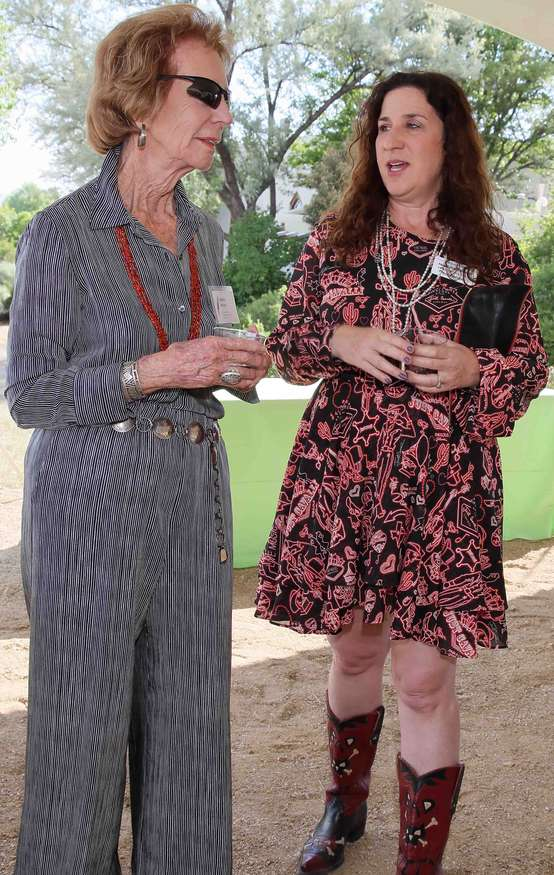 Couse-Sharp Founders Society member Adele Ward, left, enjoys the reception with Board Member Abigail Hornik-Minckler.